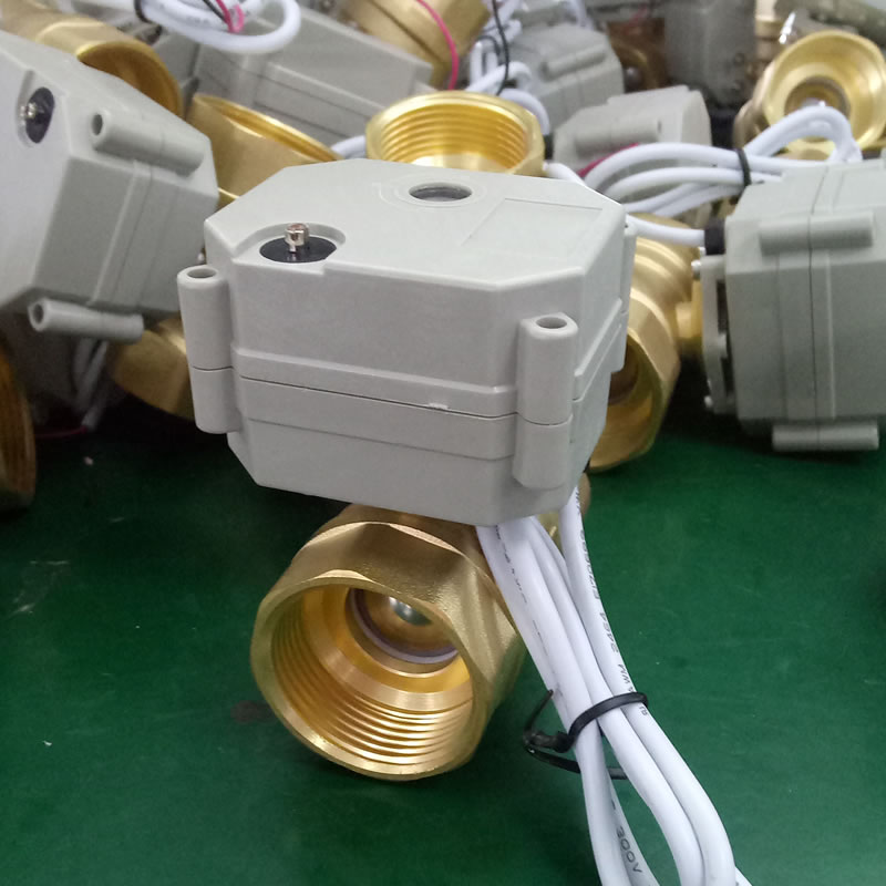 Capacitor Return Motorized Ball Valve with Manual Override